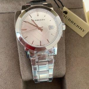 Burberry Women Luxury Silver Check Watch BU9100